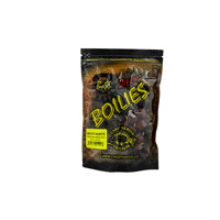 Boilies Boss2 SPECIÁL Brusinka - 1 kg - 16 mm - brusinka
